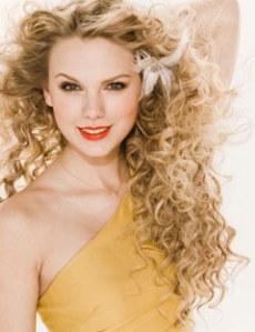 Taylor Swift Fakes on Taylor Swift     O3       Tudo Fake